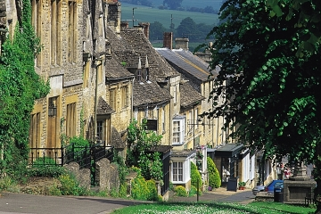 gateway to the cotswolds, burford