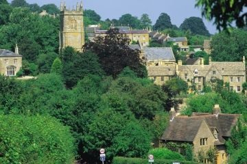 the cotswold market town of chipping campden and market place